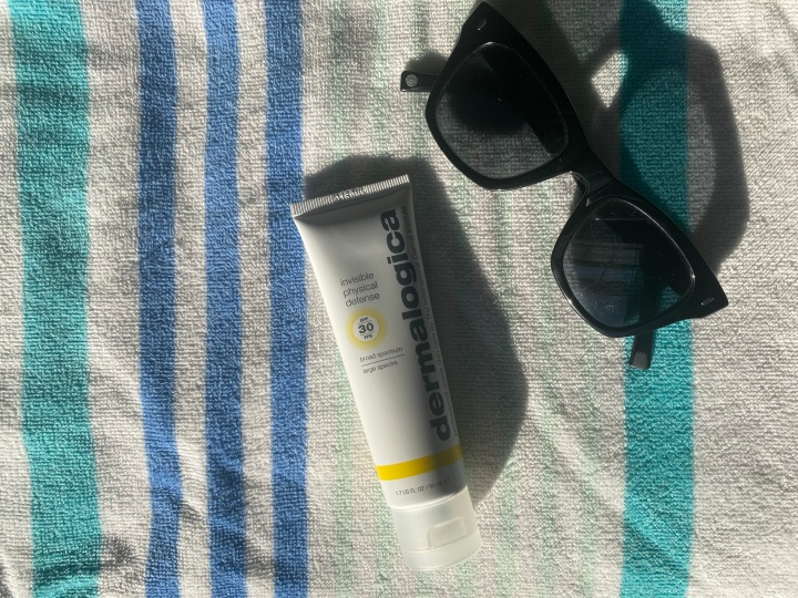 Fuck, It Works: A Review of Dermalogica Invisible Physical DefenseSunscreen